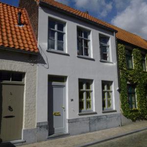 Brugge, schilderwerken gevel