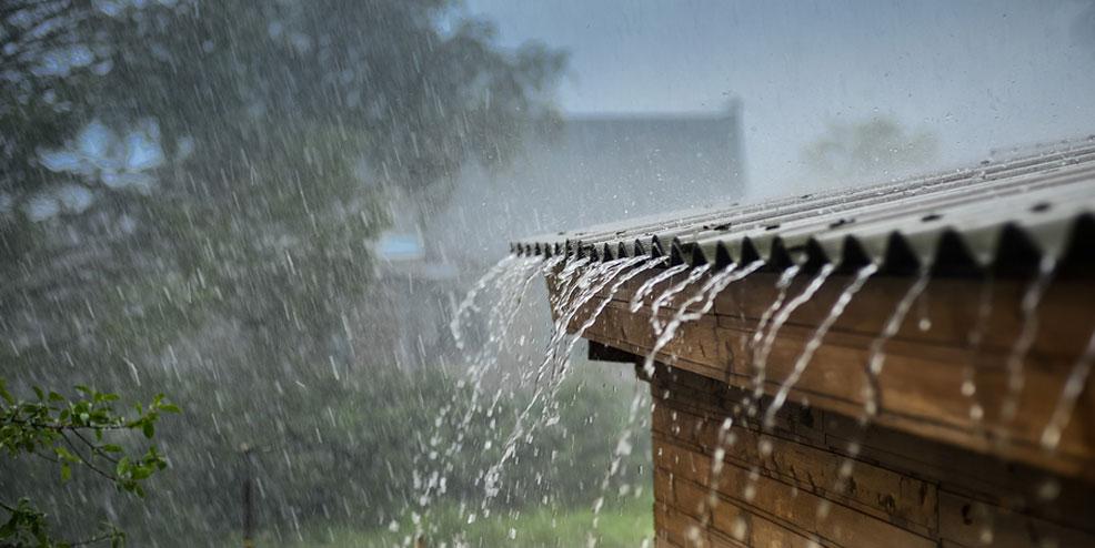 Een dak renoveren als het regent? Het kan soms.