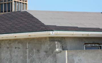 Dakgoot in zink, kunststof, koper of dakgoot in EPDM: wat zijn de voordelen?